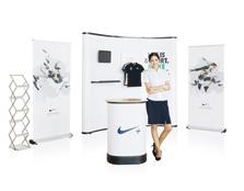 鹰牌展架为耐克服装制作广告促销、新品推广解决方案